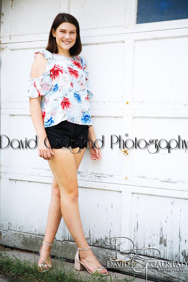 Sun Prairie Senior Pictures BQ4A0634-2